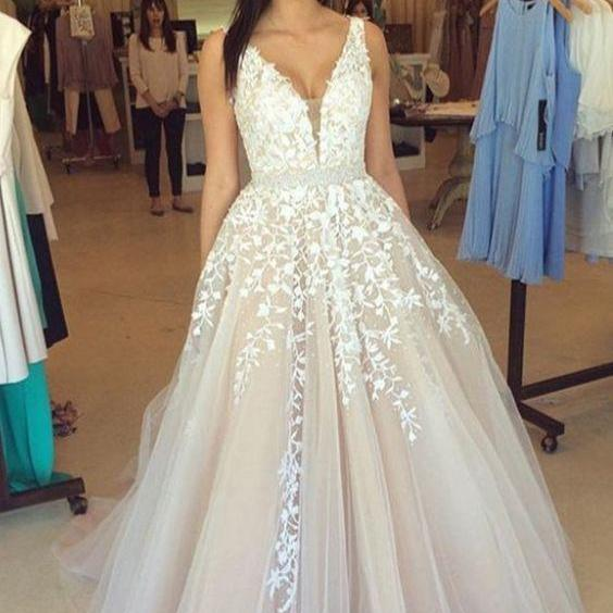 Pd6004051 Charming Prom Dress,V-Neck Prom Dress,Appliques Prom Dress,Tulle Prom Dress,A-Line Evening Dress